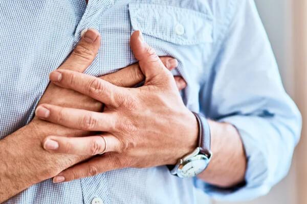 Infarto: cardiologista do São Francisco explica como proteger sua saúde - HSF